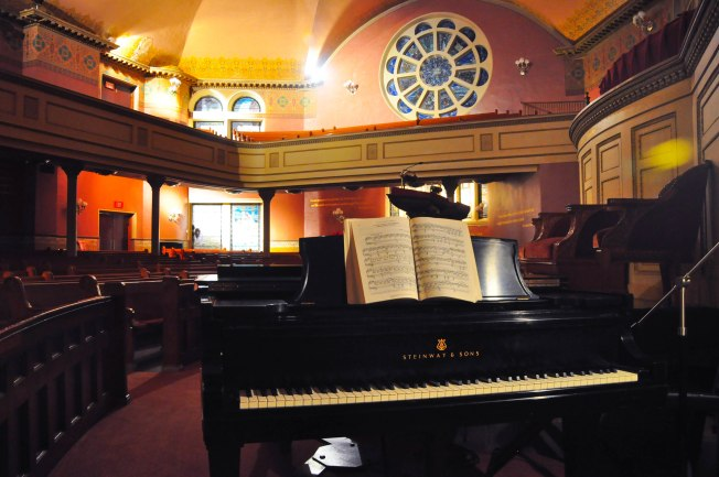 piano-church