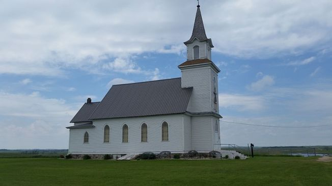 Calvary_Lutheran_Church_near_Bradley,_South_Dakota